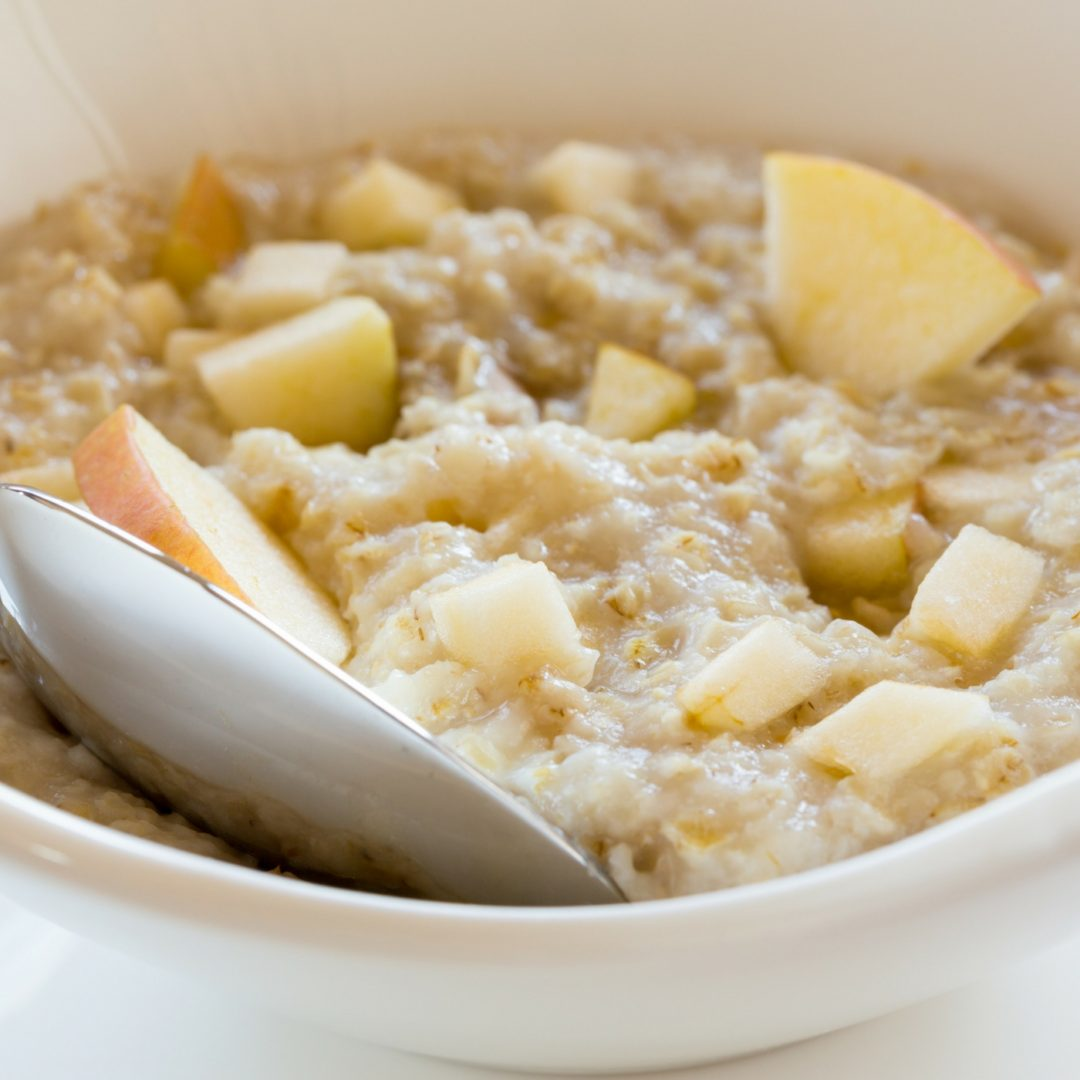 Crockpot steel oats Oatmeal with apples - Crockpot Empire